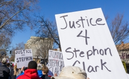 Justice 4 Stephon Clark signs